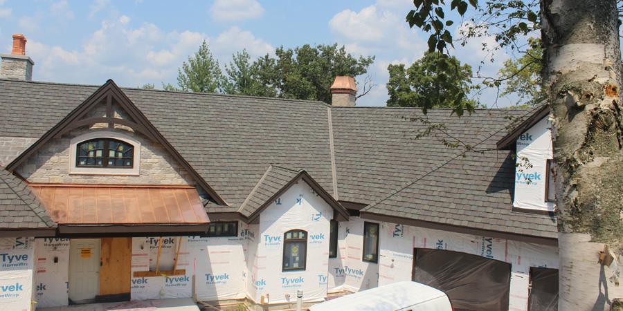 Grand-Manor-shingles-installed-in-Oconomowoc-WI