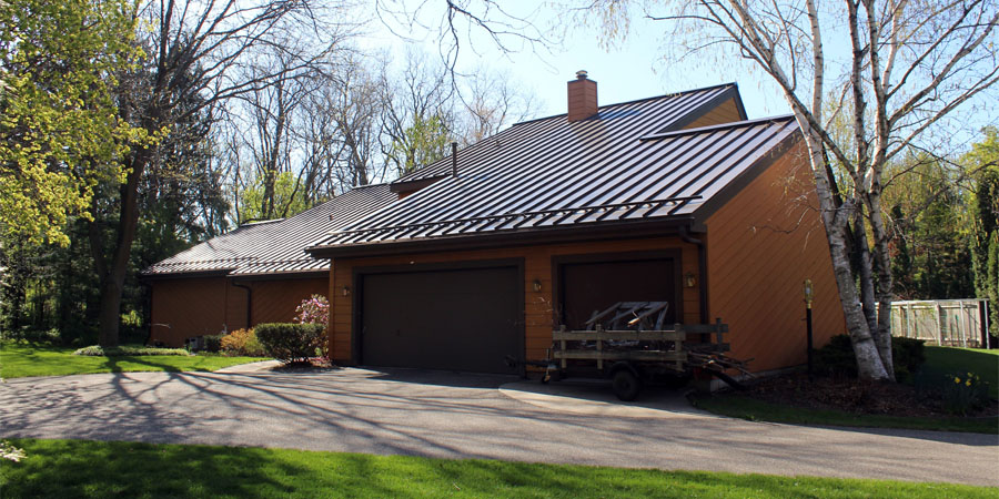 Metal-roof-installation-in-West-Madison-WI